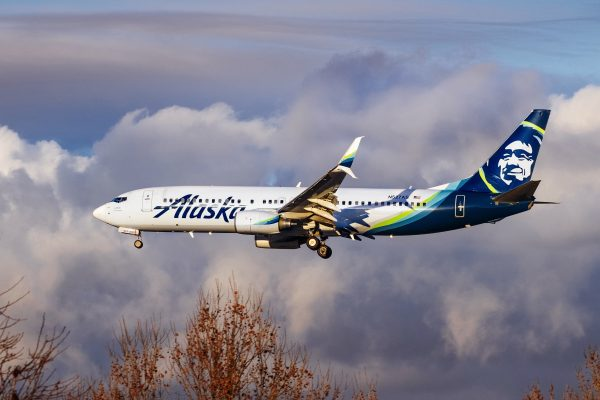 Does Alaska Airlines Transfer Ticket To Another Person